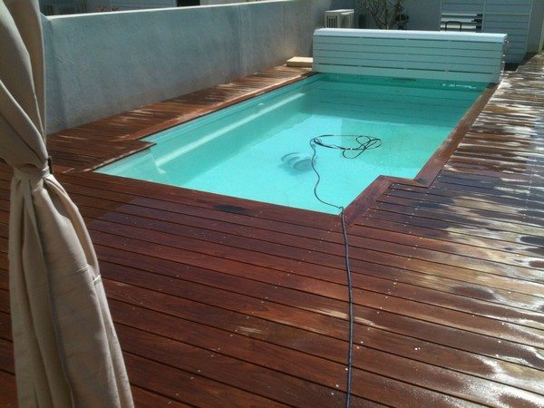 Etapes de suivi d 39 un chantier de piscine coque bleu for Pose de piscine hors sol
